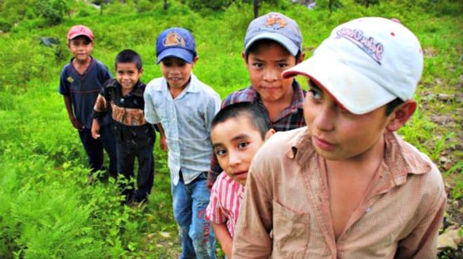 Niños inmigrantes y abandonados, nuevo reto y trabajo para la Iglesia