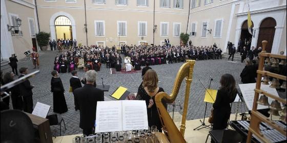 """El Papa pide hacer actual """"la música en la Iglesia, sin banalidad"""""""
