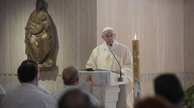El Papa Francisco pide un nuevo pacto social por el derecho al trabajo y a la pensión justa