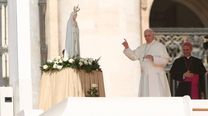 Papa Francisco: Allí donde está la Virgen no entra el diablo
