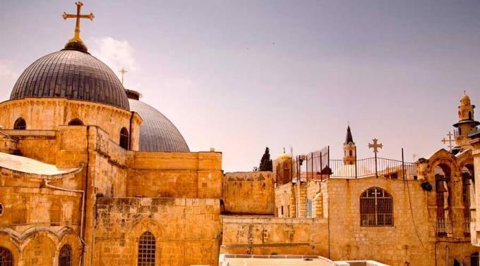 Los cristianos de Tierra Santa, en peligro por ola de violencia entre Israel y Palestina