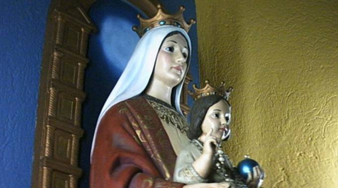 """Obispos piden a la Virgen María librar a Venezuela """"de las garras del comunismo"""""""