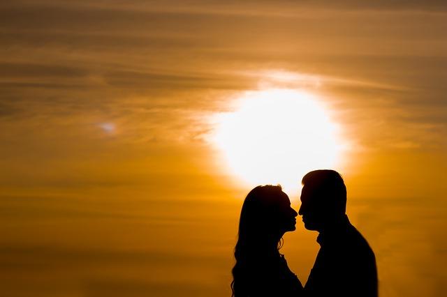 Conoce los 10 consejos para vivir un noviazgo en clave católica