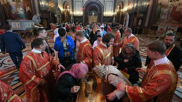 La reliquia de san Nicolás que el Vaticano llevó a Rusia fue venerada por 2,5 millones de personas