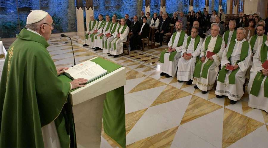 Papa Francisco: ¿Formas parte de la familia de Jesús, o te has separado del Señor?