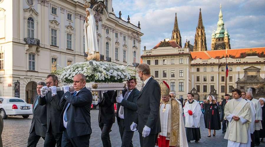 El país más ateo de Europa dedica un año a la Virgen de Fátima
