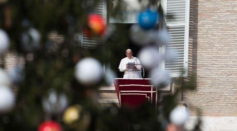 Adviento es el tiempo de reconocer los vacíos que tenemos en nuestra vida, dice el Papa