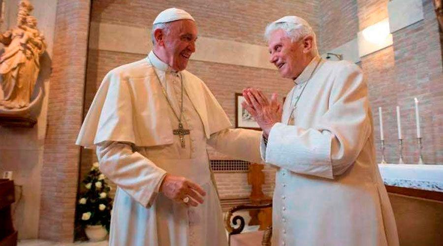 Benedicto XVI: Existe continuidad entre mi pontificado y el del Papa Francisco