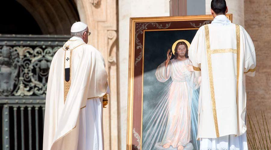 Homilía del Papa Francisco en la Misa del Domingo de la Divina Misericordia