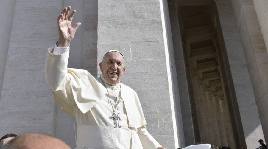 Papa Francisco invita a luchar contra el mal: Toda la vida cristiana es un combate
