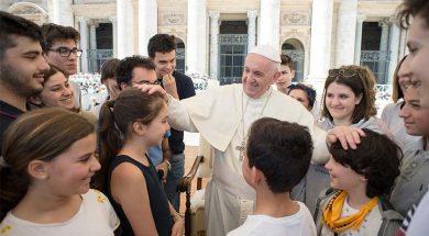 Papa_Francisco_jovenes_Bolonia_Cesena_Vatican_Media_ACI_210418