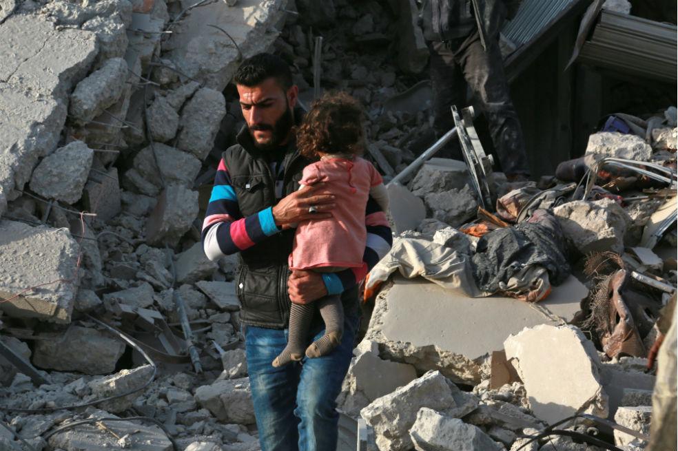 El Papa clama contra los últimos bombardeos en Siria y pide una solución inmediata