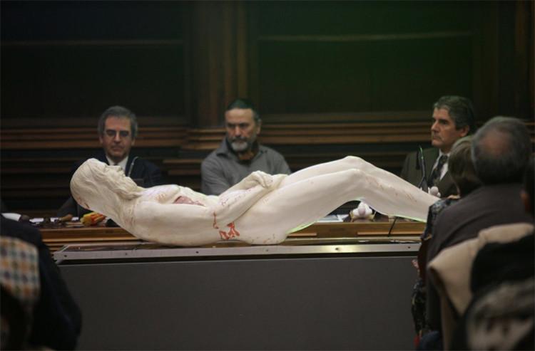 Hacen una escultura que reproduce en 3D la imagen de la Sábana Santa de Turín