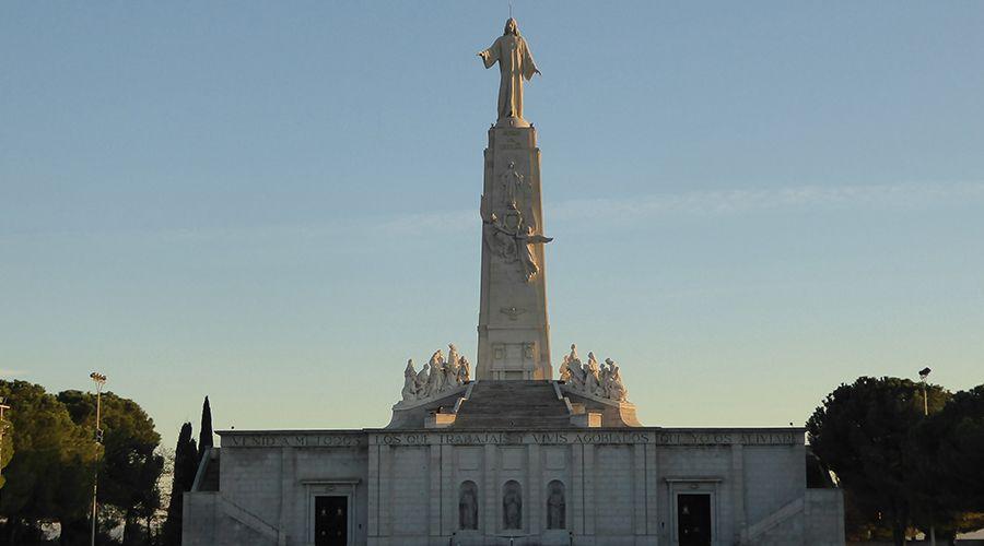 España recordará centenario de consagración al Sagrado Corazón de Jesús