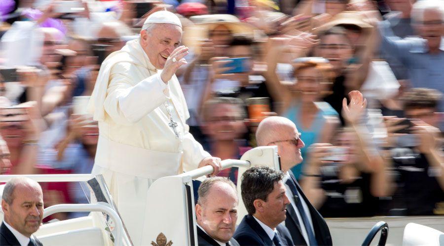 El Papa destaca la importancia de la Confirmación para la unidad de la Iglesia