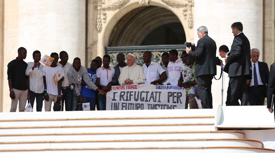 Papa Francisco invita a pobres de Roma a importante competición deportiva