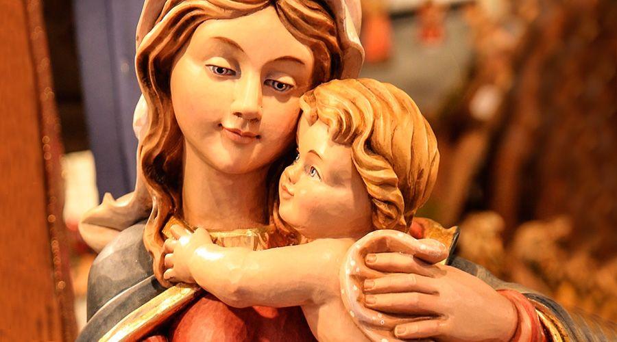 Arzobispo propone ofrecer uno de estos 9 regalos espirituales a la Virgen María