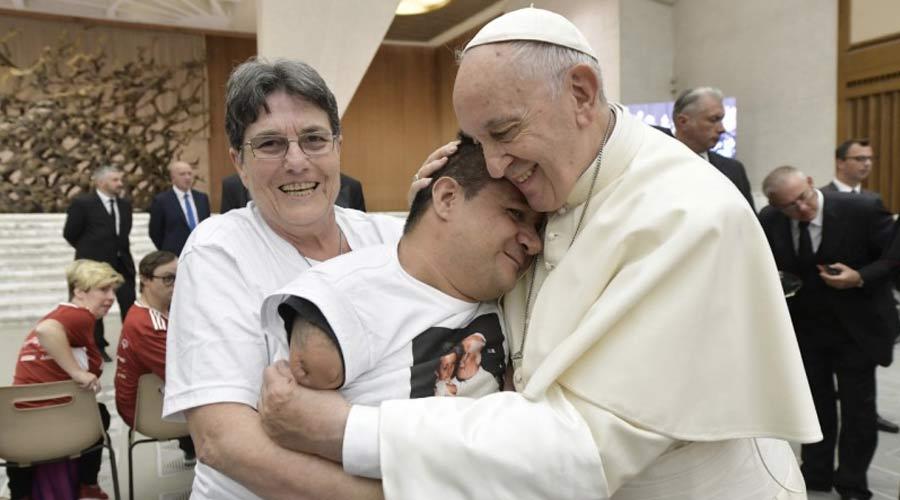 Catequesis completa del Papa Francisco sobre al agradecimiento