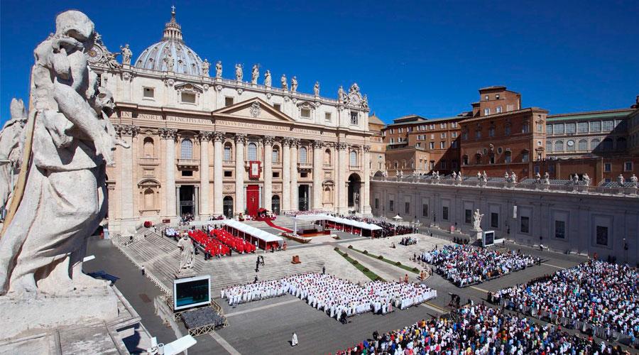 El Papa pide a los cristianos que imiten a Jesús y no rechacen tocar la miseria humana