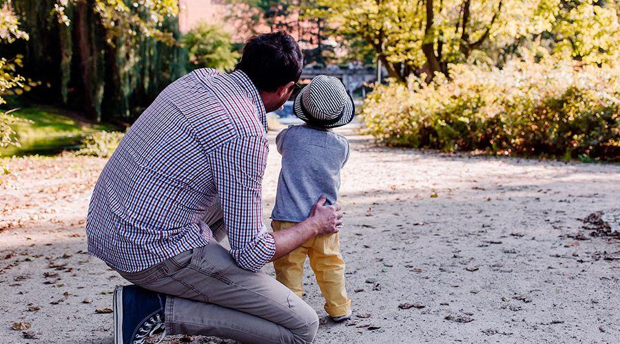 Oración por todos los padres: Celebra a papá con esta bella oración