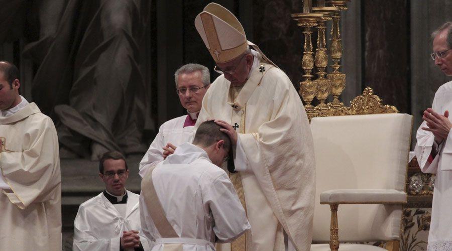Rezad por mí, mi ministerio y por todos los sacerdotes del mundo, pide el Papa Francisco