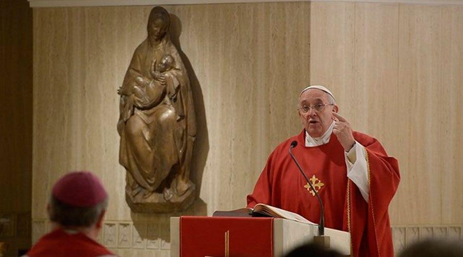 Papa Francisco recuerda que Jesús se hizo un descartado para derrotar a Satanás