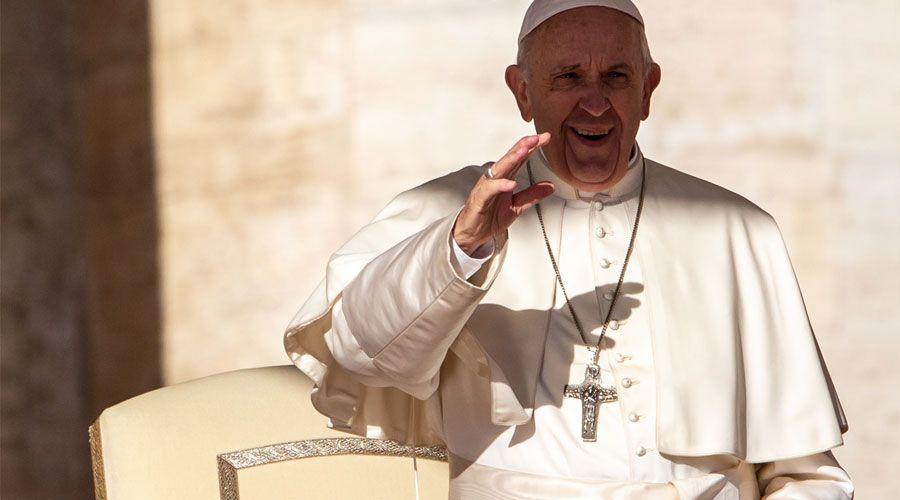 La preparación al matrimonio es más que 3 conferencias en la parroquia, afirma el Papa