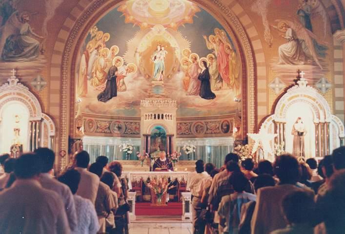 Papa Francisco recuerda por qué es importante ir a Misa los domingos