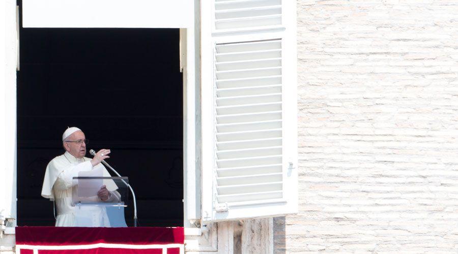 Papa Francisco: El tercer domingo de Adviento invita a la alegría a pesar de los problemas