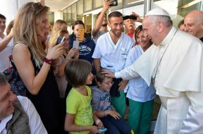 VisitaSantaLucia_PapaFrancisco_VaticanMedia_17112018