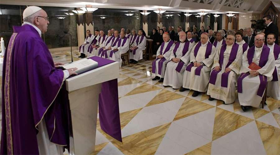 Dios es un Padre que consuela a sus hijos, asegura el Papa Francisco