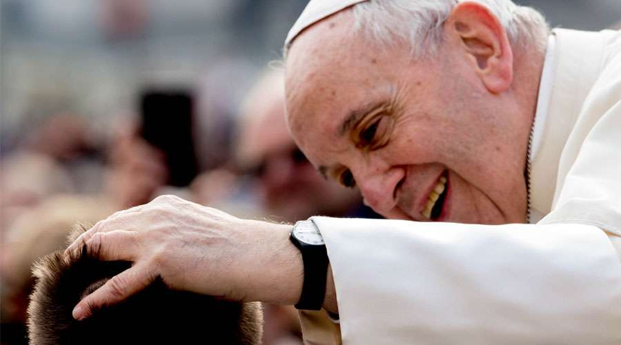 El Papa Francisco invita a pobres de Roma a una comida de Navidad