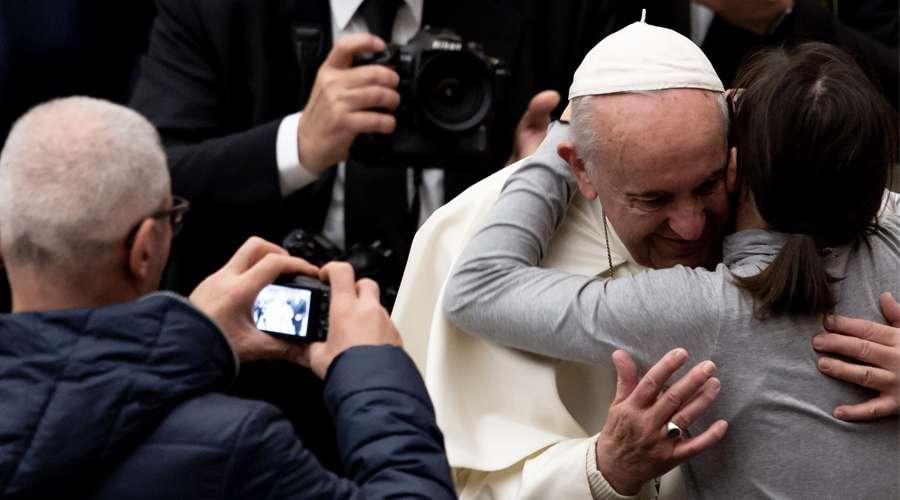 El Papa Francisco invita a fieles a no tener miedo de abrir sus corazones a Jesús