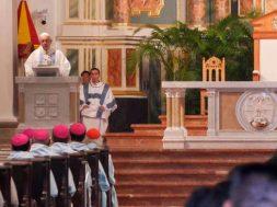 PapaFranciscoMisaConsagracionAltar-VaticanMedia260119