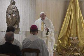 PapaSantaMarta_8enero2019_VaticanMedia