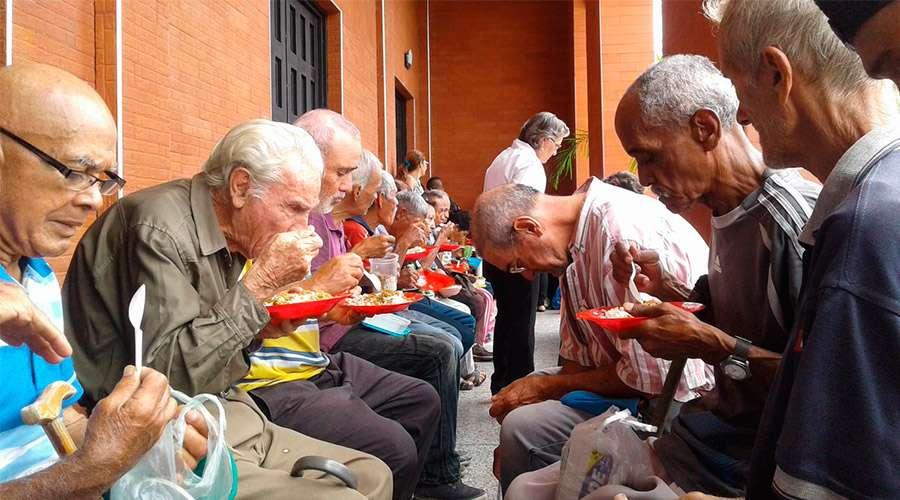 Desde hace tres años pedimos que entre ayuda humanitaria a Venezuela, afirma Cáritas