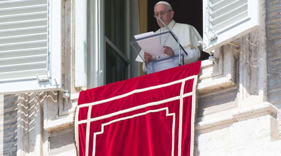 El Papa Francisco invita a practicar la cultura de la misericordia