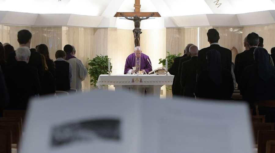 El Papa Francisco advierte el peligro del maquillaje del alma