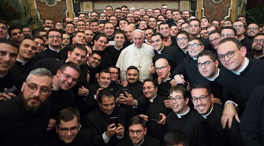 Aumenta el número de seminaristas ordenados sacerdotes en España