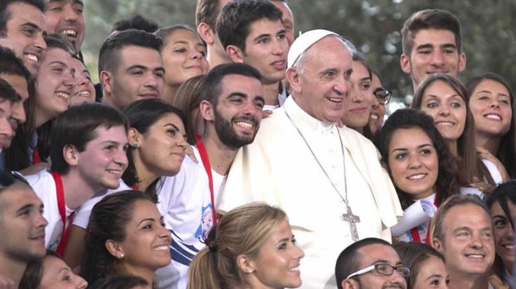 El Papa Francisco da consejos a jóvenes católicos que desean entrar en política