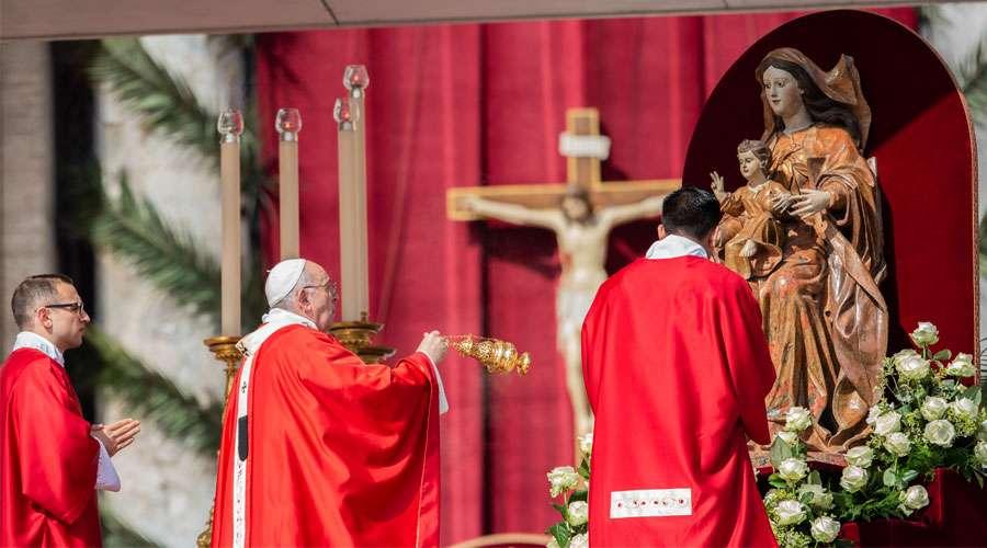 El Papa invita a resistir al demonio en silencio y dejar actuar al Señor