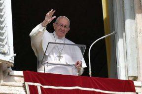 PapaFranciscoRezoAngelus_VaticanMedia_28042019