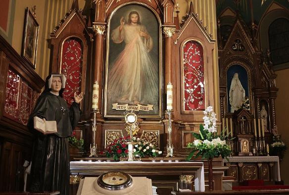 Un modo más ajustado para rezar la Coronilla de la Divina Misericordia