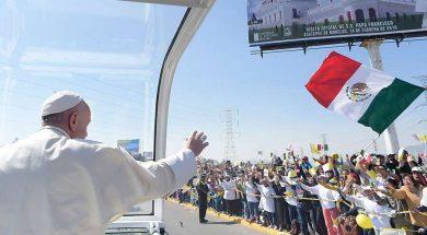 Papa-Francisco-Bandera-Mexico-Vatican-Media-280519