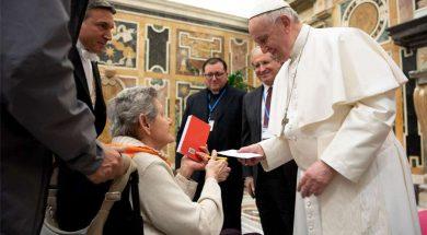 PapaFranciscoAudienciaProfesionalesSanitarios_VaticanMedia_17052019