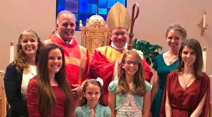 Ex predicador pentecostal será ordenado sacerdote católico y agradece su conversión a EWTN