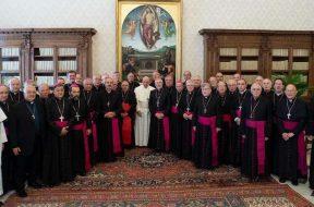 VisitaAdLiminaObisposArgentina3-VaticanMedia160519