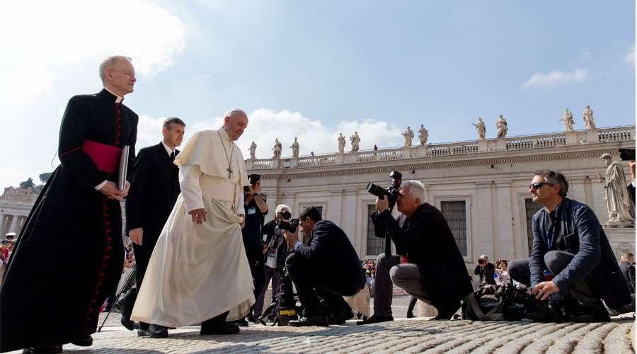 """El Papa hace balance de su viaje a Rumanía, donde la Iglesia """"es viva y activa"""""""