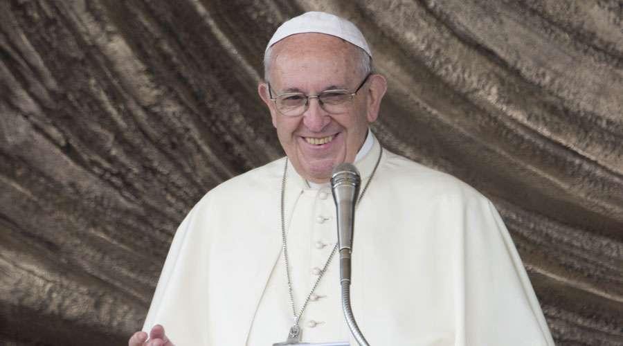 Papa Francisco: La Iglesia tiene el deber de anunciar a Cristo a todos