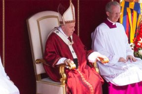 Papa-Francisco-Misa-Pentecostes-Lucia-Ballester-ACI-09062019